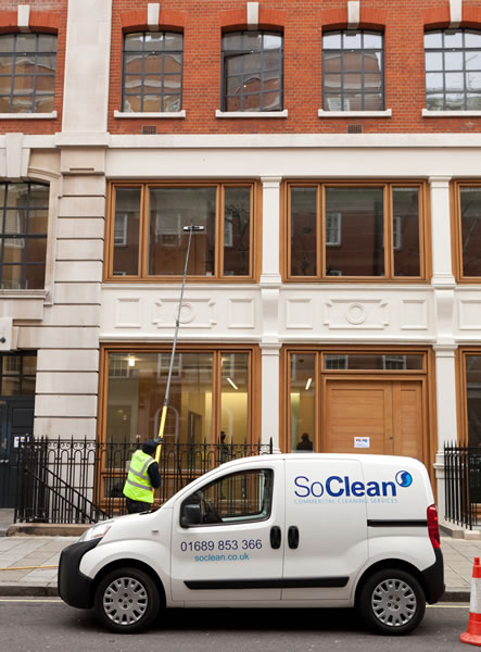 Reach & Wash Window Cleaning London